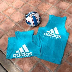 Adidas Volleyball tanks Size S